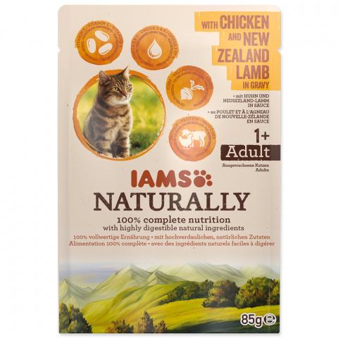 Kapsička IAMS Naturally kuře & jehněčí v omáčce 85g title=