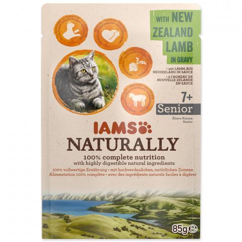 Kapsička IAMS Naturally Senior jehněčí v omáčce 85g title=