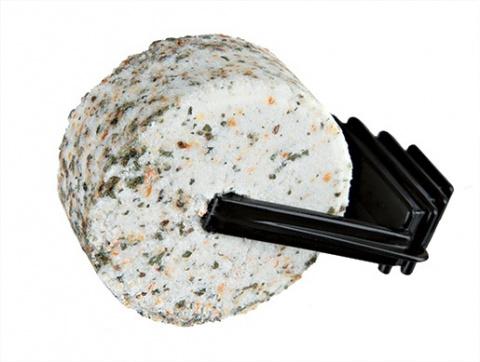 Минеральный камень для грызунов - Salt mineral stones with herbs 95g