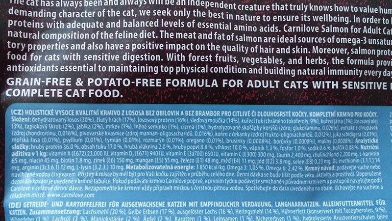 Barība kaķiem - CARNILOVE Adult Cats Sensitive and Long Hair, lasis, 6 kg