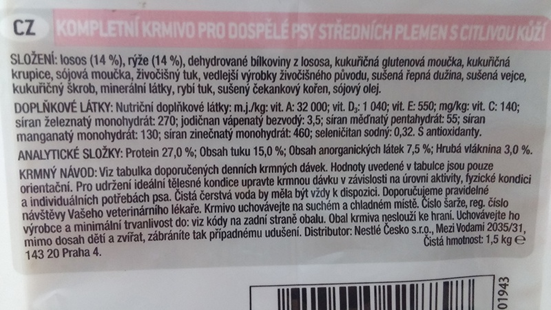 Barība suņiem - Pro Plan Medium Adult Sensitive Skin Salmon, 14 kg