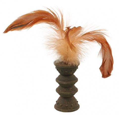 Игрушка для кошек - Magic Cat Catnip Roller with Feathers, 7 см title=