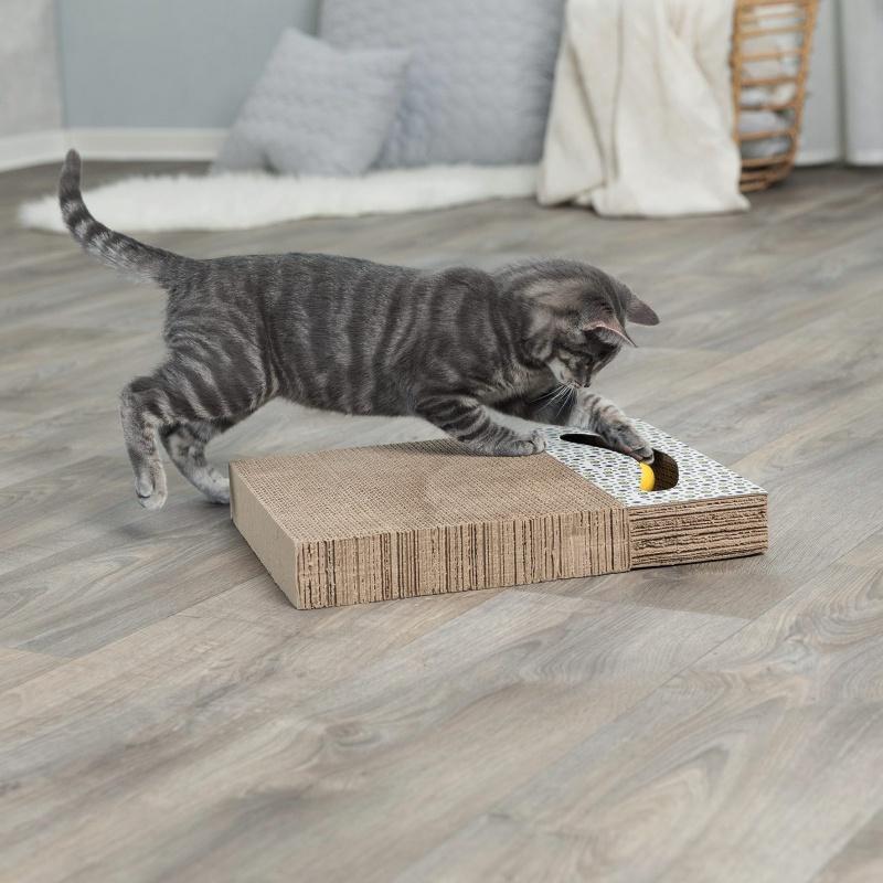 Когтеточка для кошек - Trixie когтеточка с игрушкой для кошек, 38*30 см