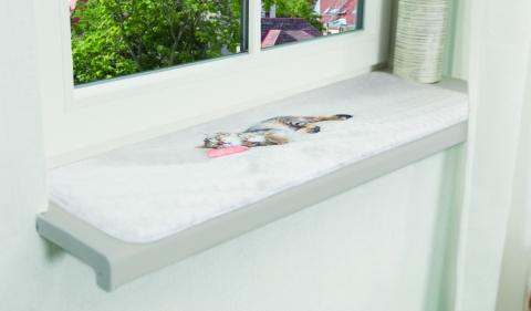 Guļvieta kaķiem – TRIXIE Nani Lying Mat for Windowsills, 90 x 28 cm, Grey title=