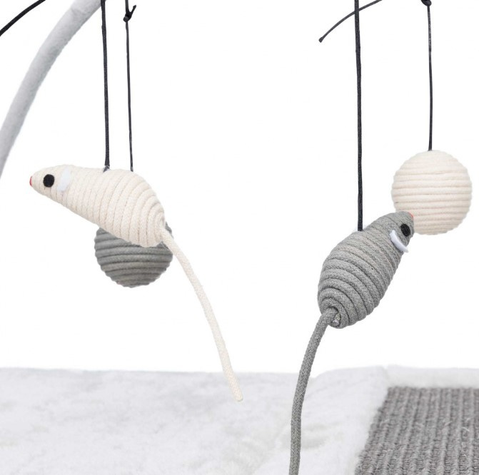 Игровая площадка для кошек - Scratching Mat with toys on string