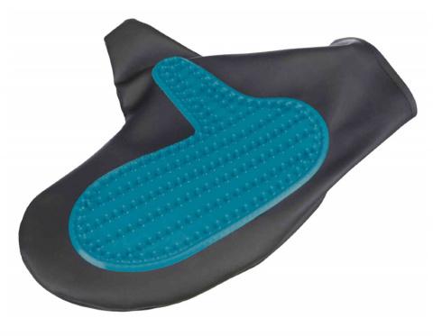 Расческа, массажная перчатка – TRIXIE Coat Care Glove, 14 x 25 см title=