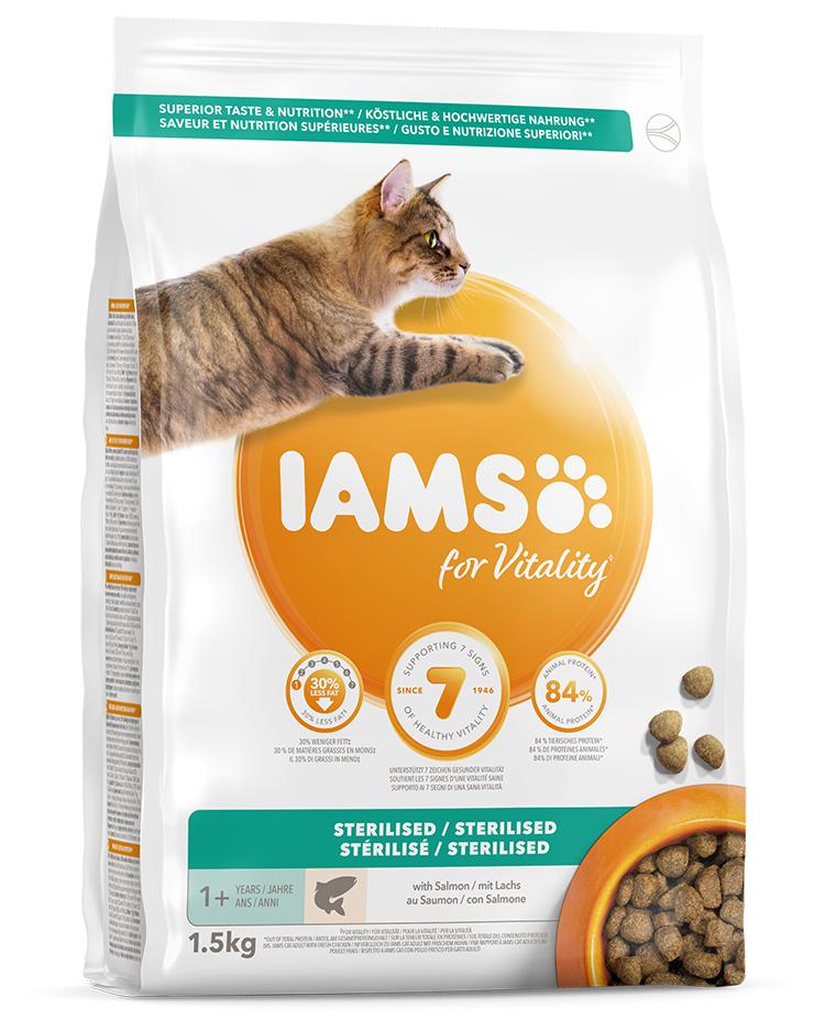 IAMS Cat Adult Sterilised Salmon 1,5kg + kuřecí kostky ZDARMA
